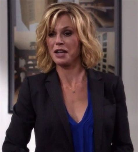 claire on modern family new hairstyle 1000 ideas about julie bowen on pinterest julie bowen