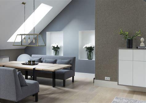parete colorata soggiorno salotto con parete colorata mansarda it