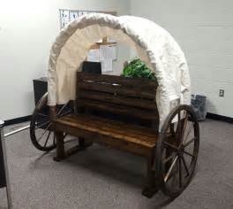How To Make A Paper Wagon - best 25 western photo booths ideas on