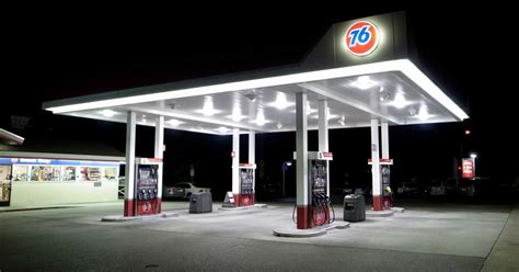 oregon service in laws oregon strikes banning self service gas stations residents freak out