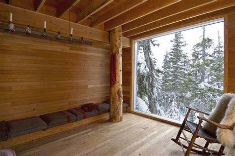 celebrated snowboarder s mountain home designs for living vt alpine cabin scott scott architects archdaily