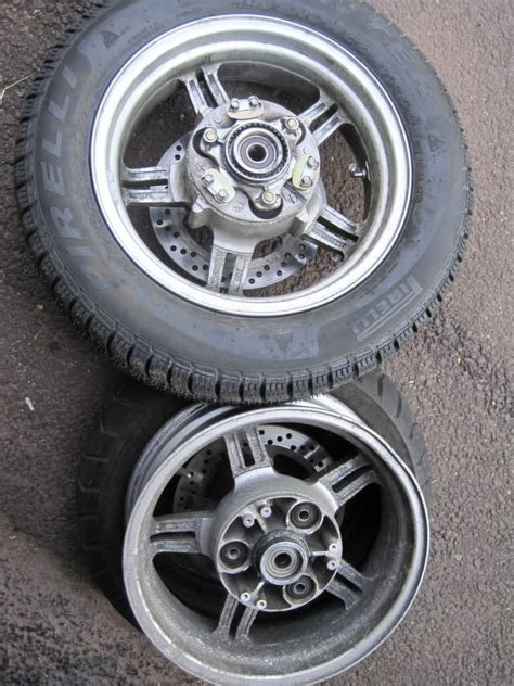 Suzuki Burgman 650 Tires by Car Tire On My Burgman 650 Adventure Rider