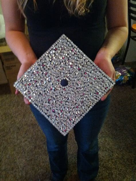 how to decorate graduation cap graduation cap for pictures but decorated with college