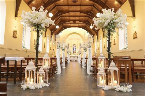 Enchanted Wedding Company   Specialises in Wedding