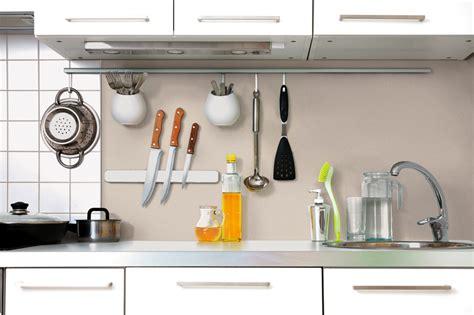 togliere le piastrelle rinnovare le pareti della cucina senza togliere le vecchie