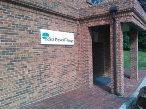 therapy winston salem nc select physical therapy 120 charlois blvd winston salem nc physical therapists