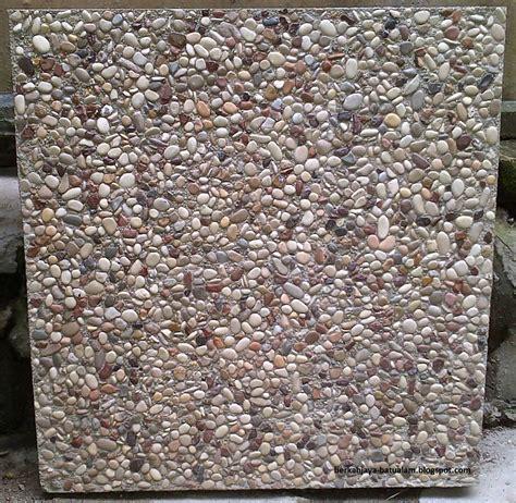 Batu Koral Pancawarna pd berkah jaya ragam batu koral 2