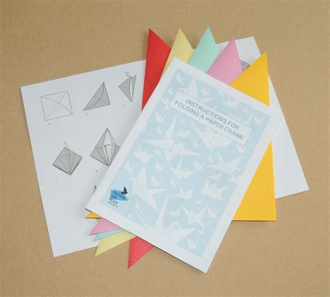 Post It Origami Crane - the pack contains 5 sheets of origami paper and