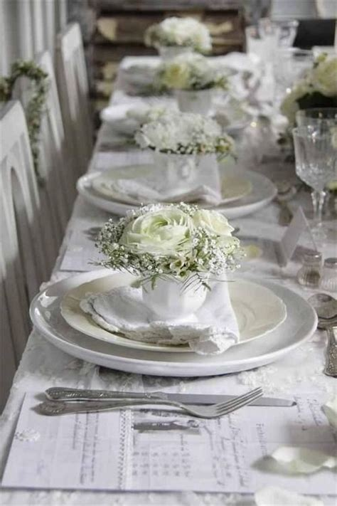 White Table Settings White Chic Wedding Table Setting Fab Mood Wedding Colours Wedding Themes Wedding Colour