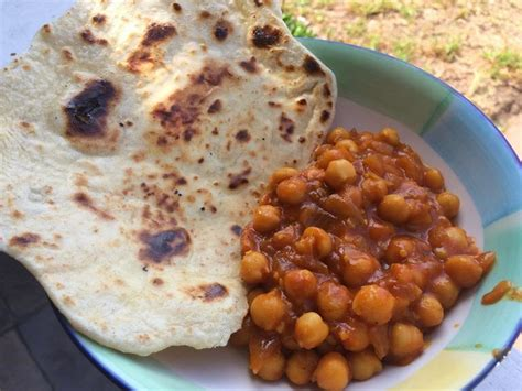River Cottage Veg Curry by The Vegan Mouse Chickpea Ketchup Curry And Roti