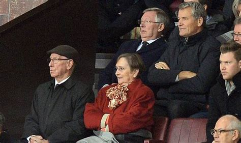 alex ferguson angry because everton beat them david moyes is the right for utd sir bobby
