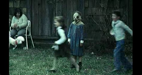 film orphan in italiano the orphanage trailer italiano movieplayer it
