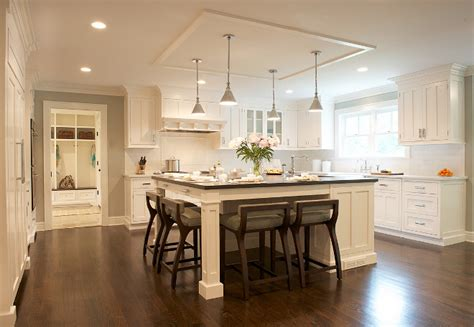 white kitchen cabinets with hardwood floors white kitchen cabinets hardwood floors quicua