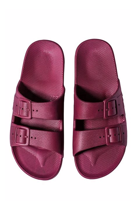 moses sandals moses freedom sandals cherry bomb