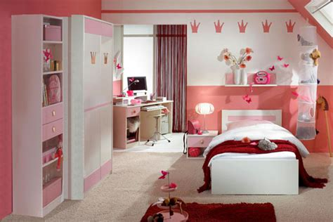 red and pink bedroom girls pink badroom with knick knacks and red rug