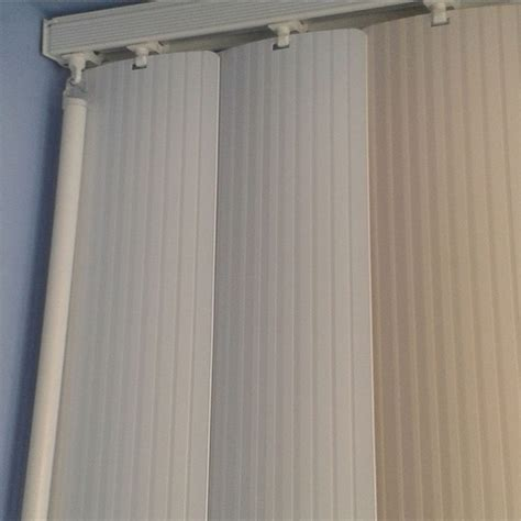 Cleaning Vertical Blinds how to clean your vertical blinds blinds 2go