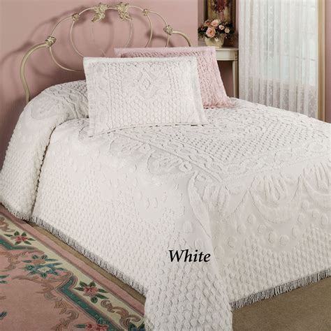 Chenille Bedding Kingston Beige Or White Chenille Bedspreads