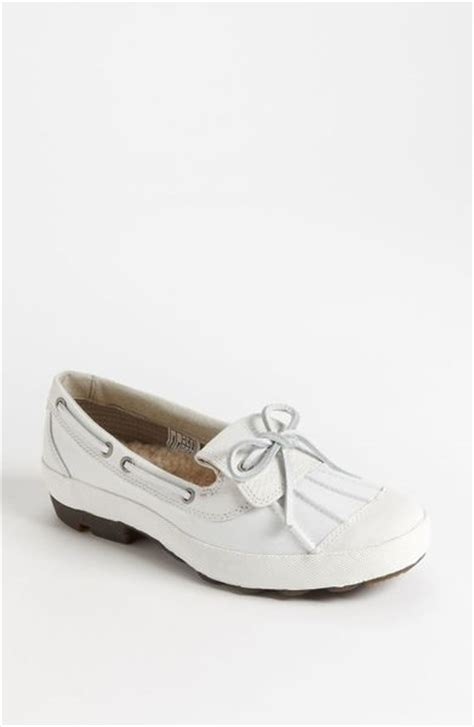 duck shoes for ugg ashdale duck shoe in white lyst