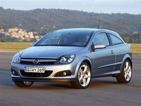 Opel Astra 2005 by 2005 Opel Astra H Gtc Pictures Information And Specs