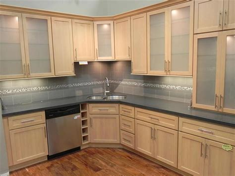 Kitchen With Maple Cabinets by Maple Kitchen Cabinets Home Designer