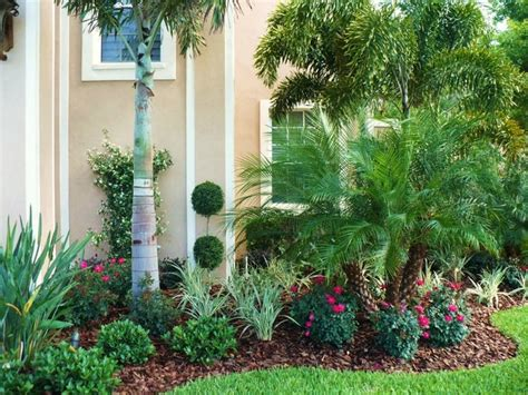Tropical Garden Decor Tropical Garden Decor Design Tropical Front Yard Landscaping Throughout Front Garden Ideas 10