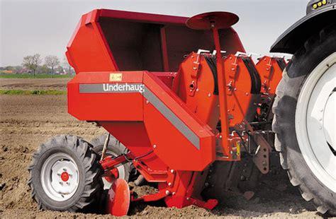 Underhaug Potato Planter by Up Potato Planters Farmers Weekly