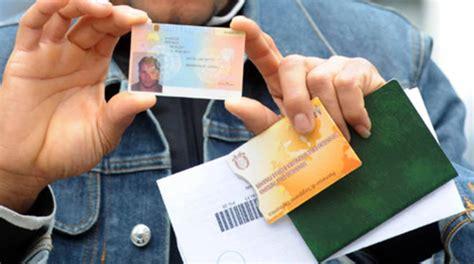esame per permesso di soggiorno truffa all esame per la carta di soggiorno scoperti