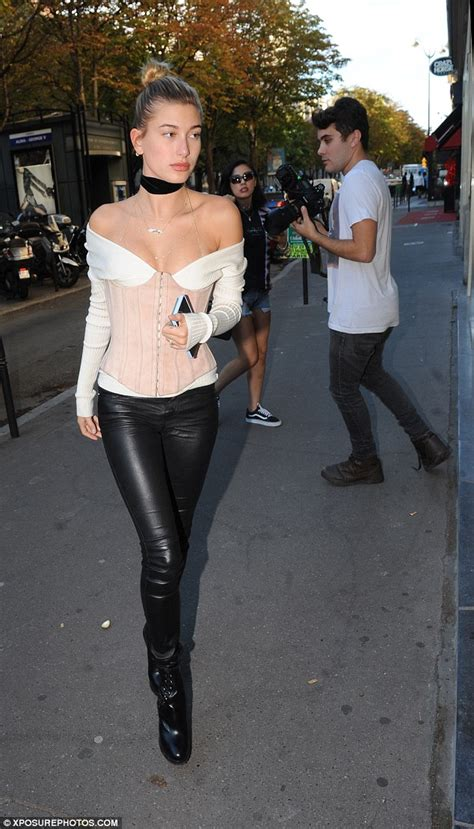 Daily Mail Wardrobe by Hailey Baldwin Showcases Cleavage At Fashion