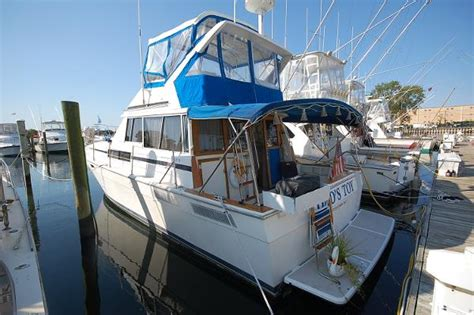 motor boats for sale nj bayliner 38 motor yacht boats for sale in neptune new jersey