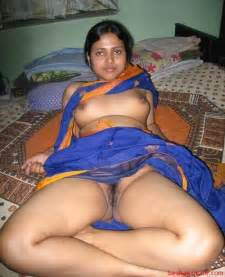 indian village housewives without blouse   besharamsite