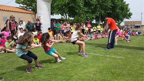 fotos de niños jugando juegos tradicionales belver d a cinca acoge los xxxiii juegos tradicionales