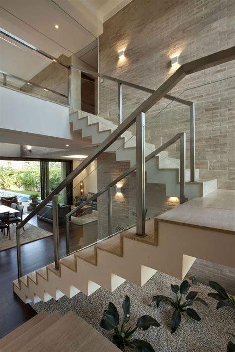decore sua sala  escada de forma facil  essas super