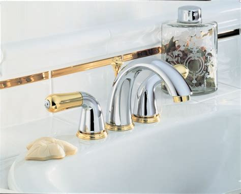 Danze Kitchen Faucet Replacement Parts by Faucet Com 4530 Lhp In Chrome By Delta