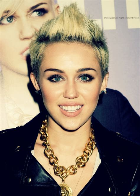 top 9 miley cyrus hairstyles styles at life 223 best dream hair 4 images on pinterest pixie haircuts