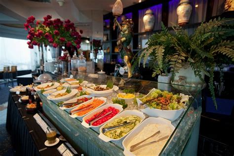 three sixty revolving restaurant skybar penang island