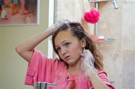 how to remove hair dye stains from bathroom surfaces remove all stains com how to remove hair dye stains from sink