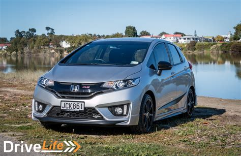 Lu Led Jazz Rs 2015 honda jazz rs sport limited car review drivelife