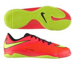 soccer shoes nike indoor soccer shoes free shipping 599811 690