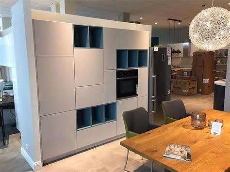 wählen sie die richtigen küchenschrank griffe wohnzimmer in weiss gestalten