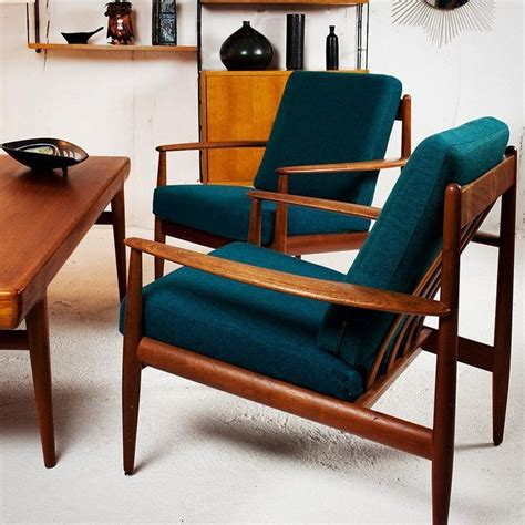 mid century modern living room chairs best 25 chair ideas on mid century