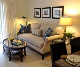 Decorating Ideas For Living Rooms Small Apartment Small Apartment Living Contemporary Living Room