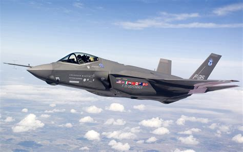 F 35 Lighting by F 35 Joint Strike Fighter Lightning Ii Wallpapers Hd