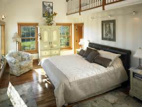 cape cod style bedroom 39280 master bedroom with loft in cape cod style lindal