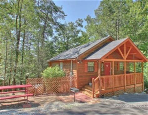 Cabin Resorts Pigeon Forge Tn by Awesome Summer Deals For Cabin Rentals From American
