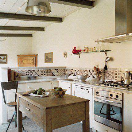 Veranda Trasformata In Cucina by Regardsetmaisons Une Cr 233 Dence En Carreaux De Ciment