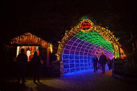 cambria festival of lights celebrate the magic of cambria christmas market san luis