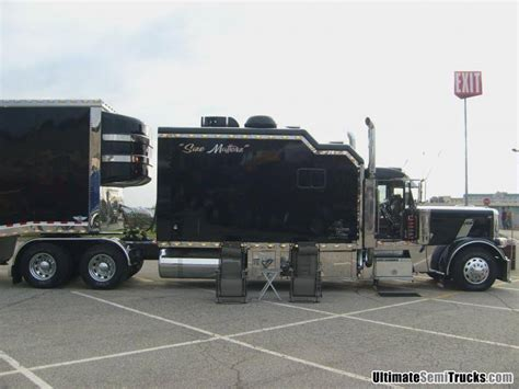 Big Rig Sleeper by Peterbilt With Mountainous Sleeper Big Rigs Customs