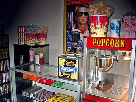 room of popcorn getting ideas for my theater room retro concession stand decor the paragon 6oz theater pop