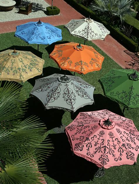 Paint Patio Umbrella 25 Best Ideas About Outdoor Umbrellas On Deck Umbrella Pool Landscaping And