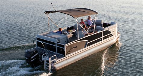 lowe v1667wt boats for sale lowe boats platinum 23 luxury cruise pontoon boats for